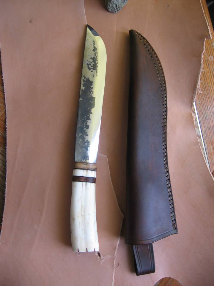 Leuku Knife and Sheath